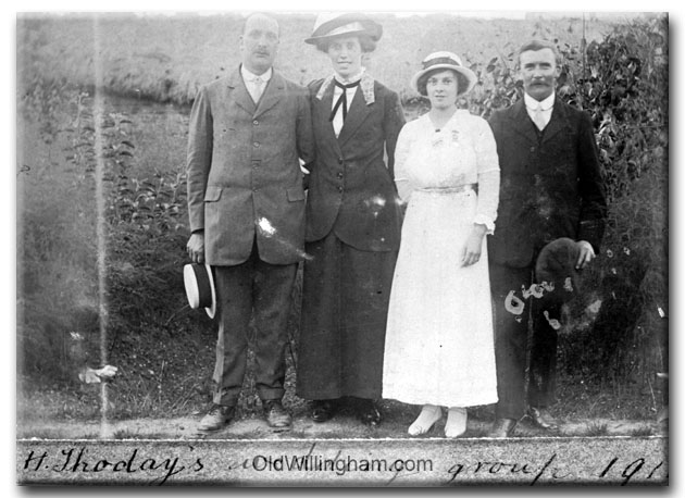 """H. Thoday's Wedding Group"" Does anyone know who is who? (Jeeps_Neg01_038)"